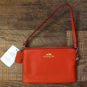 COACH Crossgrain Leather Corner Zip Wristlet NWT!